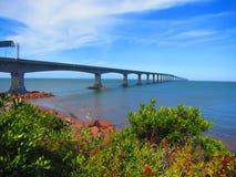 联邦大桥诺森伯兰角平直的加拿大 免版税库存图片