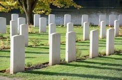 联邦战争坟墓委员会垒公墓在伊珀尔,比利时 免版税库存图片