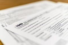 联邦税务局形成1040美国单独收入税单形式 库存图片