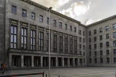 联邦财政部的正门,柏林,德国 库存图片