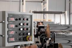 聚丙烯和聚乙烯的生产的车间 库存照片