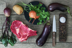 肉、菜和香料 库存图片
