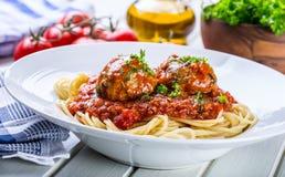 肉丸 意大利和地中海烹调 与s的肉丸 免版税库存图片