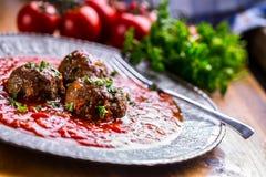 肉丸 意大利和地中海烹调 与s的肉丸 库存照片