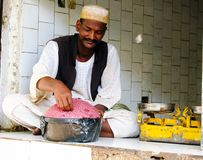 肉卖主在市场上在喀土穆,苏丹 免版税图库摄影