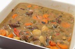 肉和veg炖煮的食物 免版税库存图片
