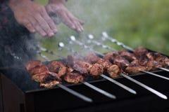 肉在格栅油煎 库存照片