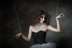 肉欲的小丑木偶女性 免版税库存图片