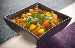 肉炖煮的食物蔬菜 免版税图库摄影