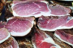 肉猪肉抽烟了 免版税库存照片