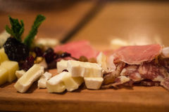 肉的乳酪和肉板材 库存图片
