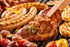 肉的可口分类在BBQ的 免版税库存图片