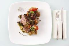 肉被蒸的蔬菜 库存图片