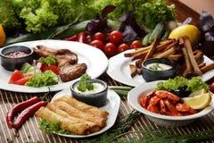 肉Peaces与蔬菜的 免版税库存图片