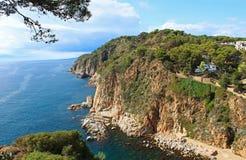 肋前缘在托萨德马尔,西班牙附近的Brava海岸 免版税库存照片