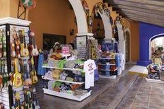肋前缘玛雅人-墨西哥纪念品的购物! 库存图片