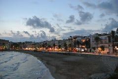 肋前缘的Dorada,西班牙海滨胜地锡切斯 免版税库存图片