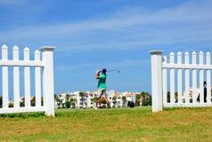 肋前缘Ballena,花名册,卡迪士省,西班牙高尔夫球场的高尔夫球运动员  库存照片