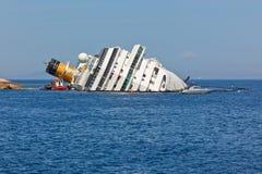 肋前缘Concordia在海难以后的游轮 免版税图库摄影