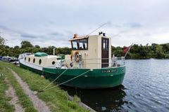 肋的驳船 免版税图库摄影