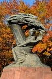 肖邦纪念碑在华沙(波兰) 库存图片