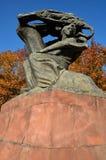 肖邦纪念碑在华沙(波兰) 免版税库存照片