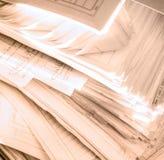肮脏的杂乱纸张文件 库存照片