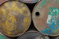 肮脏的油桶 库存图片