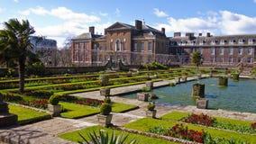 肯辛顿宫殿和庭院,伦敦,英国,英国 库存图片