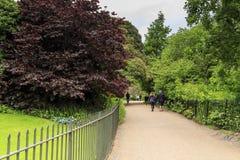 肯辛顿庭院,伦敦 免版税库存照片