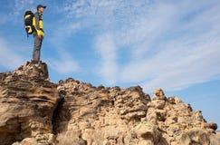 背包徒步旅行者 免版税图库摄影