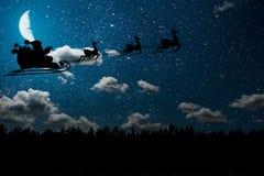背景与星和云彩的夜空 库存图片