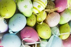 背景东部鸡蛋 库存图片