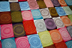 背景五颜六色的handcarchiefs 免版税库存照片