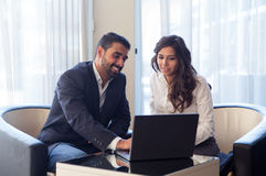 背景企业夫妇查出在白色 免版税图库摄影