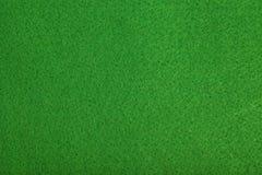 背景关闭感觉的绿色啤牌制表 图库摄影