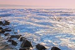 背景冰排行模式 匈牙利, Balaton湖 库存照片