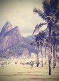 背景几何老装饰品纸张葡萄酒 减速火箭的热带海滩在里约热内卢, Braz 图库摄影