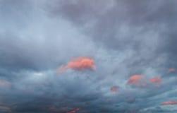 背景可能生动描述使用的天空纹理 图库摄影
