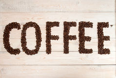 背景咖啡准备好的使用 咖啡豆用文本咖啡 免版税库存照片