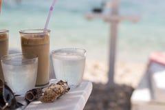 背景咖啡frappe查出的白色 免版税库存图片