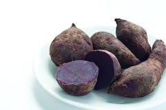 背景土豆甜白色 免版税图库摄影