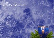 背景圣诞节新年度 有灼烧的c的一个烛台 免版税库存图片