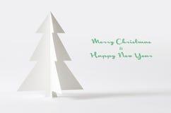 背景圣诞节查出的结构树白色 圣诞树pape 免版税库存图片