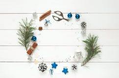 背景圣诞节空白花圈 库存图片