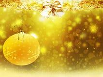 背景圣诞节金子黄色心脏球鹿雪星装饰弄脏例证新年 免版税图库摄影
