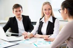 背景在人空白工作的企业膝上型计算机 免版税库存图片
