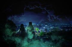 背景城市黑暗的grundge向量 库存例证
