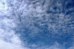 背景多云天空 免版税图库摄影