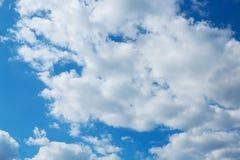 背景多云天空 图库摄影
